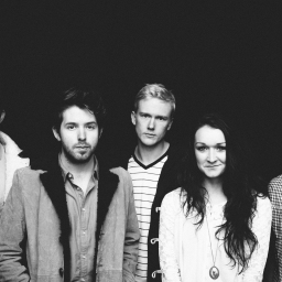 Music Moment: Paper Kites